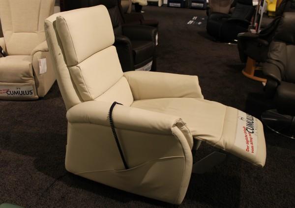 m bel schwab nagold m bel schwab nagold leder ruhesessel relaxsessel motorsessel longlife perle. Black Bedroom Furniture Sets. Home Design Ideas